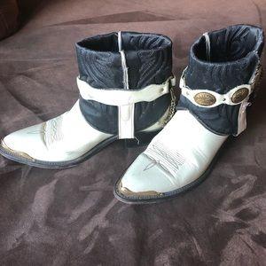 Shoes - White Upcycled Cowboy Boots Size 7 Boho Festival